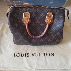 Louis Vuitton Speedy 25